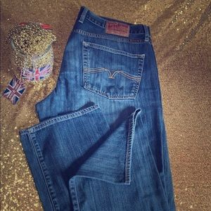 Lucky brand size 36 x 34 Vintage Straight Jeans